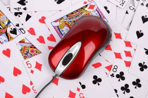 playing cards and mouse